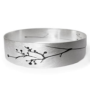 Isis Silver Bangle - men's jewellery