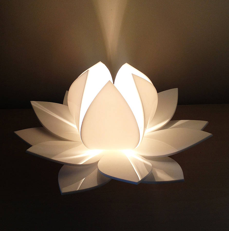 Superior White Lotus Flower Table Lamp