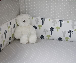 Grey Spot Fitted Sheet