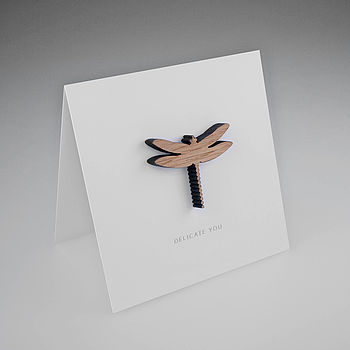 Oak Dragonfly Magnetic Gift Card