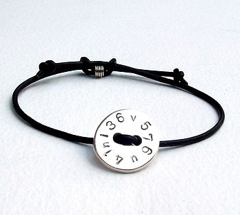 Button Message Bracelet
