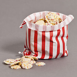 White Chocolate Snowie Sweet Bag - edible favours