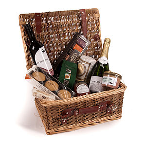 Chelsea Chukker Champagne Hamper - boxes & hampers