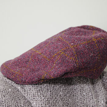 Aberdeen Harris Tweed Cap Plum