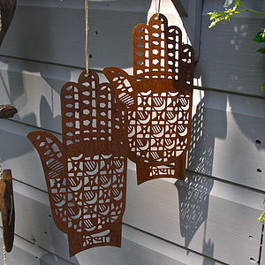 Rusty Henna Hand - sculptures