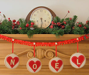 Embroidery 'Noel' Hoop Christmas Garland - decoration