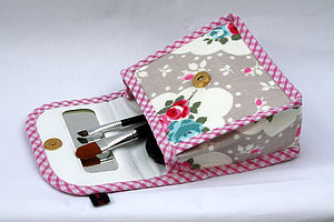 Oilcloth Floral Mirror Cosmetic Bag Chloe - make-up & wash bags