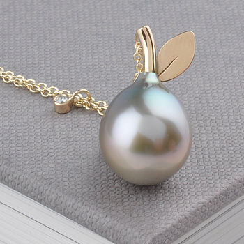 Tahitian Pear Pearl Necklace
