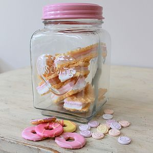 'Eat Me' Biscuit Jar