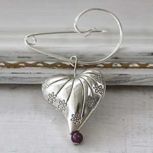 Heart Brooch - bridesmaid jewellery