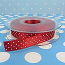 Red micro dot ribbon