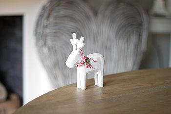White Wash Wooden Reindeer