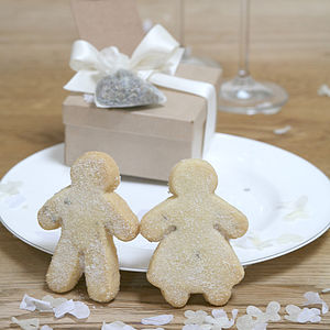 Set Of Two Wedding Couple Favour Biscuits - edible favours