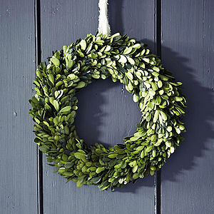 Real Buxus Christmas Wreath - flowers