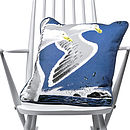 Thumb birds cushion