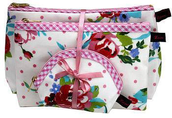Oilcloth Cosmetic Bag And Purse Gift Set
