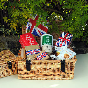 Dig For Victory Hamper - bathroom