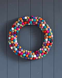 Felt Ball Wreath - bright christmas