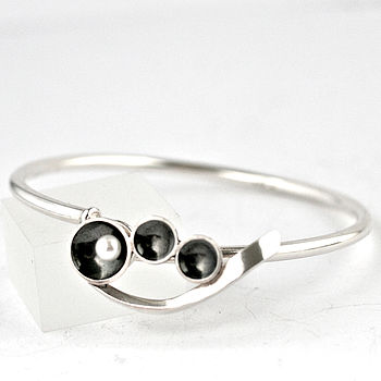 Silver Pearl Art Deco Hook Clasp Bangle