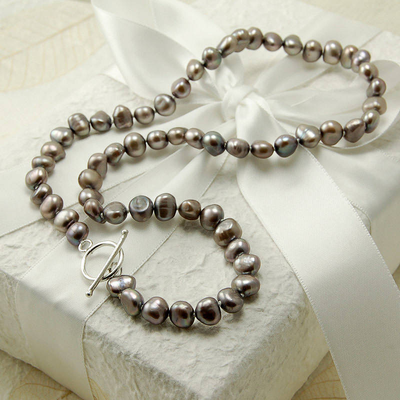 Pearl Necklace Clasps: Freshwater Pearl Necklace With Silver Clasp By Highland