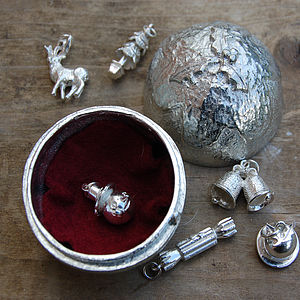 Pewter Christmas Pudding  and 6 silver charms - christmas parties & entertaining