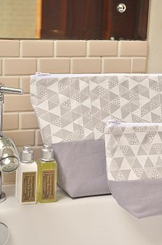 Triangle Mania Wash Bag