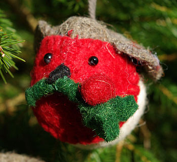 Felt Robins Hanging/Holly