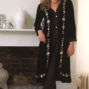 Evening Velvet Coat With Rose Embroidery - women's fashion