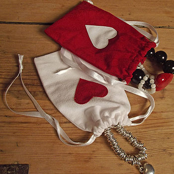 Small drawstring gift bags with red hearts