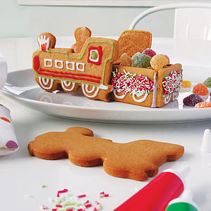 Gingerbread Train Decoration Kit - biscuits
