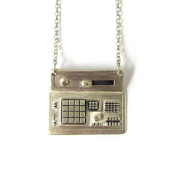 Riozzi Silver Drum Machine Necklace