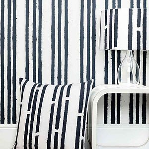 Stripes Graffiti Spray Wallpaper - children's living