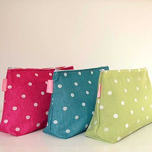 Dotty Washbag - make-up & wash bags