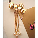 Bow Dangles on Gold
