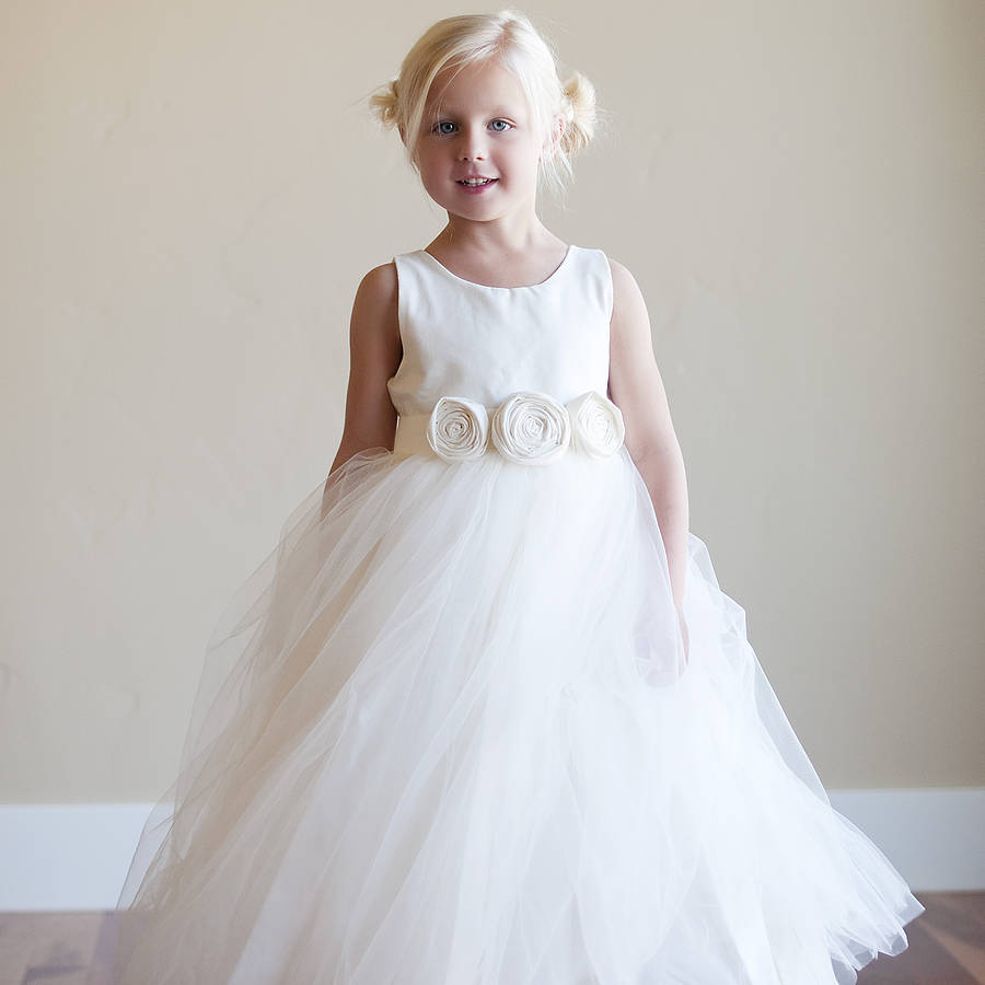 Flower girl dress by gilly gray notonthehighstreet flower girl dress izmirmasajfo