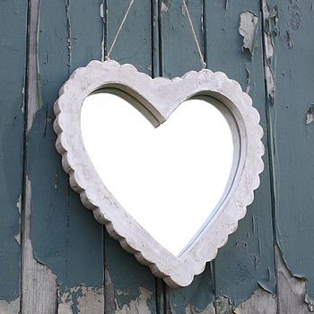 Scallop Edge Distressed Heart Mirror