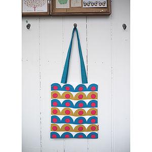 Scallop Book Bag
