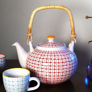 Carla Tea Pot - tableware