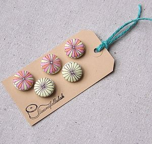 Kinnear Liberty Print Buttons - sewing & knitting