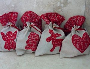 Christmas Fabric Gift Bag - ribbon & wrap