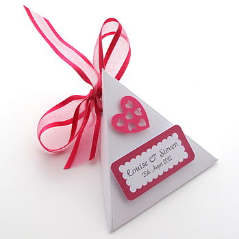 Set Of 10 Personalised Love Heart Favours