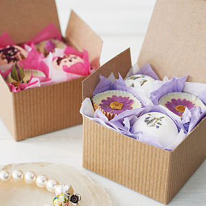 Bath Pamper Gift Box - for friends