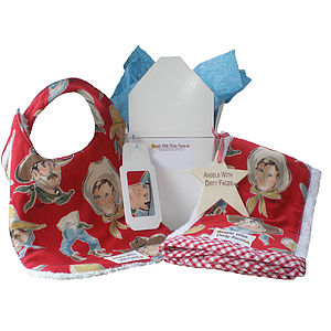Baby To Go Bib And Burp Cloth Gift Set - baby feeding