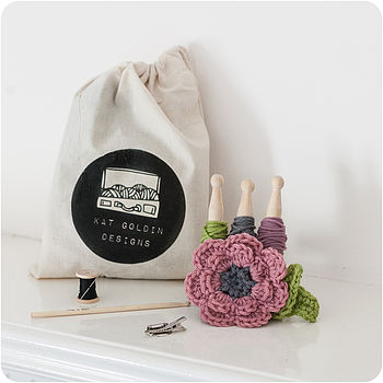Crochet A Flower Brooch Kit