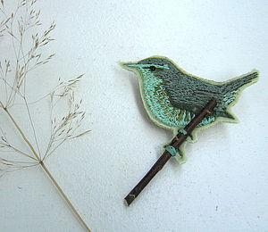 Wren brooch - pins & brooches