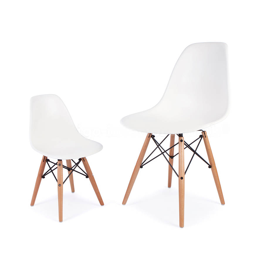 Fun kids chair eames style by ciel for Chaise dsw eames