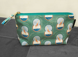 Diving Lady Make Up Bag - make-up & wash bags