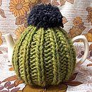 Olive 'Dorothy' tea cosy