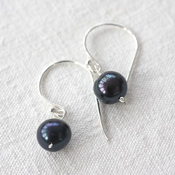 Irridescent Black Pearl Drop Earrings
