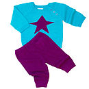 purple leggings and star top